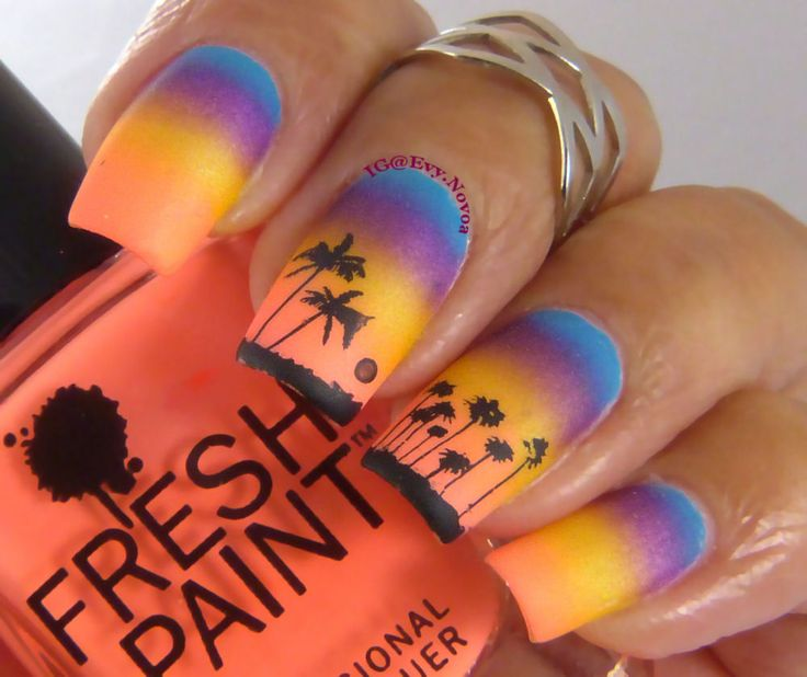 #uñasestampadas #sexynails #moda #estilo #style #fashion #fashionnails #neon #neonpolish #neonnails #summernails #beachnails #sunsetnails