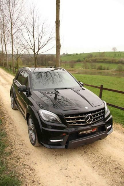 2014 Mercedes-Benz ML 63 AMG wide body kit by Expression Motorsport