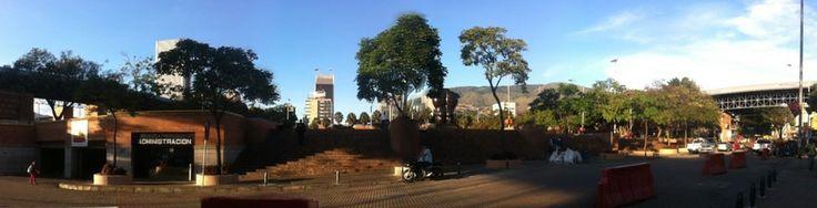 Parque San Antonio de Medellín by Yiya Gómez on 500px