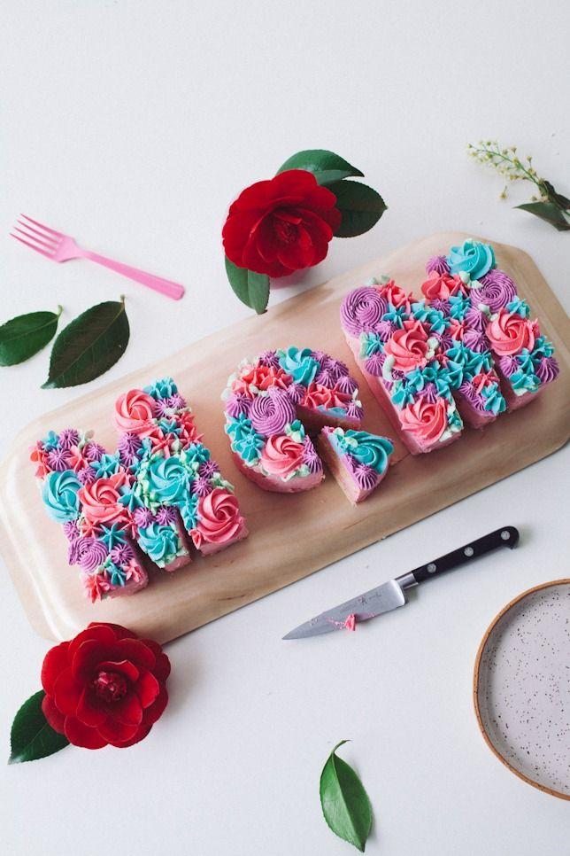 Beautiful MOM cake tutorial by cococakeland.com