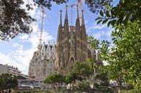 Skip the Line: Barcelona Sagrada Familia Tour