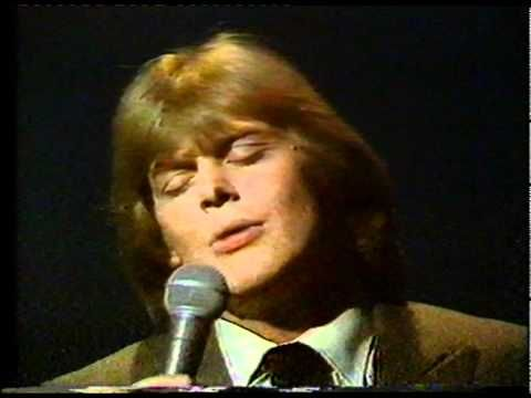 Bridge Over Troubled Water - John Farnham (1979)