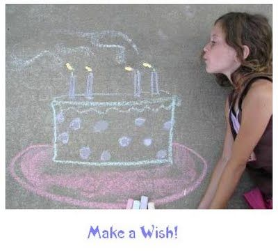 Cool birthday photo idea using sidewalk chalk