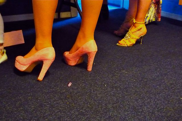 Feet Meet | Flickr - Photo Sharing!