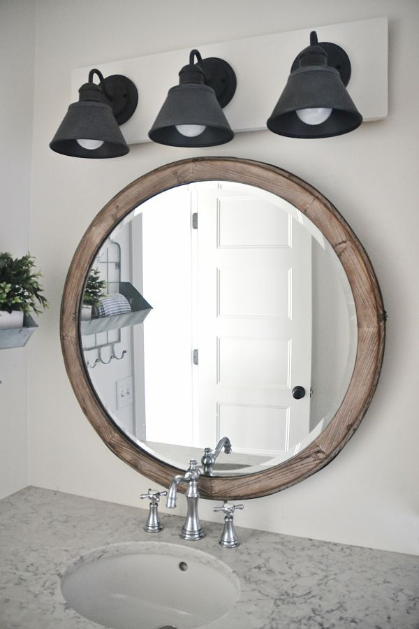Bathroom Vanity Lights Farmhouse : 1000+ ideas about Vanity Light Fixtures on Pinterest Bathroom Vanities, Vanities With Tops and ...
