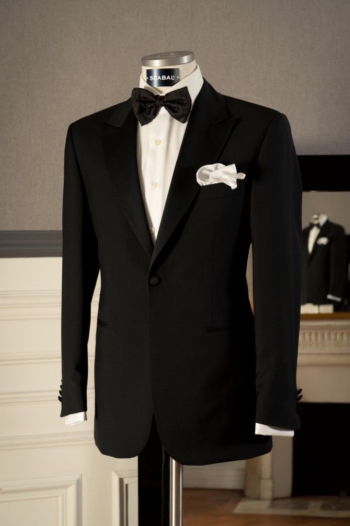 ttp://www.kiss-and-tell.de/gastbeitrag-smoking-zeit/ #smoking #suit