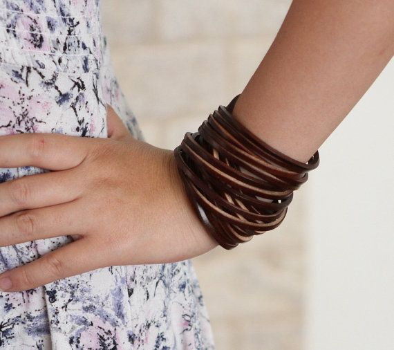 Leather Wrap Bracelet. Multistrand Leather Cuff. door TrueHeartStyle