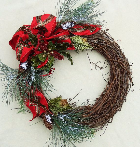 Christmas Grapevine wreath. Katherines Collections bow