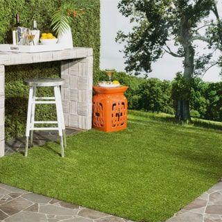 Safavieh Vista Shag Verdant Green Indoor/ Outdoor Faux Grass Rug (5u0027 X 7u00276)  By Safavieh