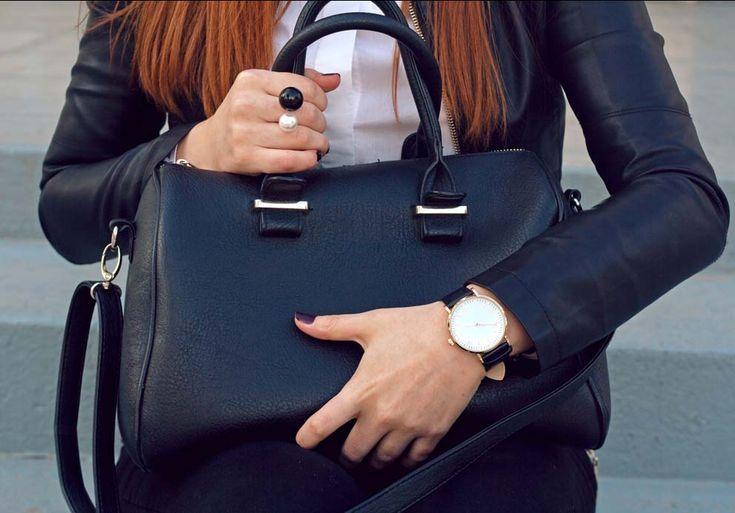 bezva luxusní kožené kabelky, pánské tašky, kožené peněženky, cestovní kufry naleznete na emotys.cz