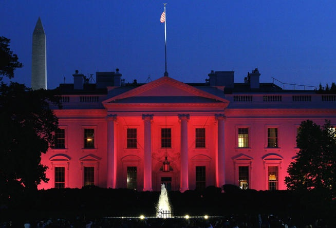 Kool: White Houses, Breast Cancer Awareness, Pink Ribbons, Pink White, Houses Lit, Awareness Months, Pink Lights, National Breast, Fight Pink