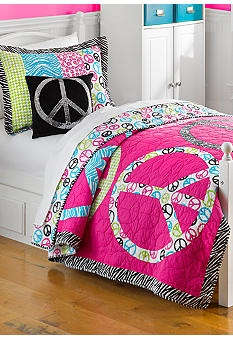 Merveilleux Home Accents® Peace Signs Quilt