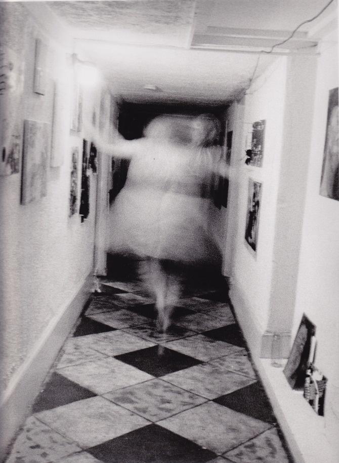 картинки про привидений настоящих заболевания