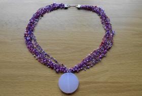 Jak uháčkovat korálkový náhrdelník
