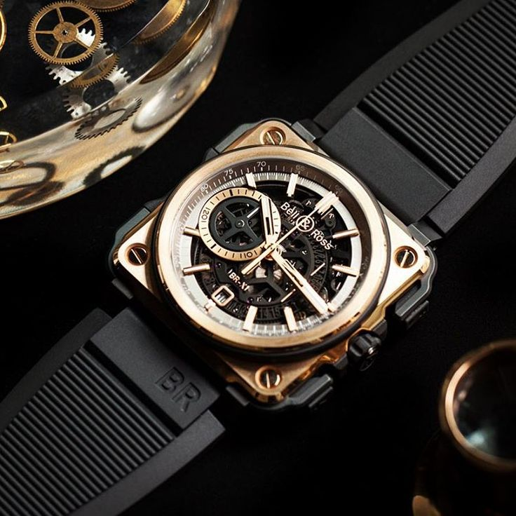 Bell&Ross BR-X1 ROSE GOLD CERAMIC.  Case: 45 mm diameter. Polished, satin-finished 18 ct rose gold and ceramic with rubber inserts.