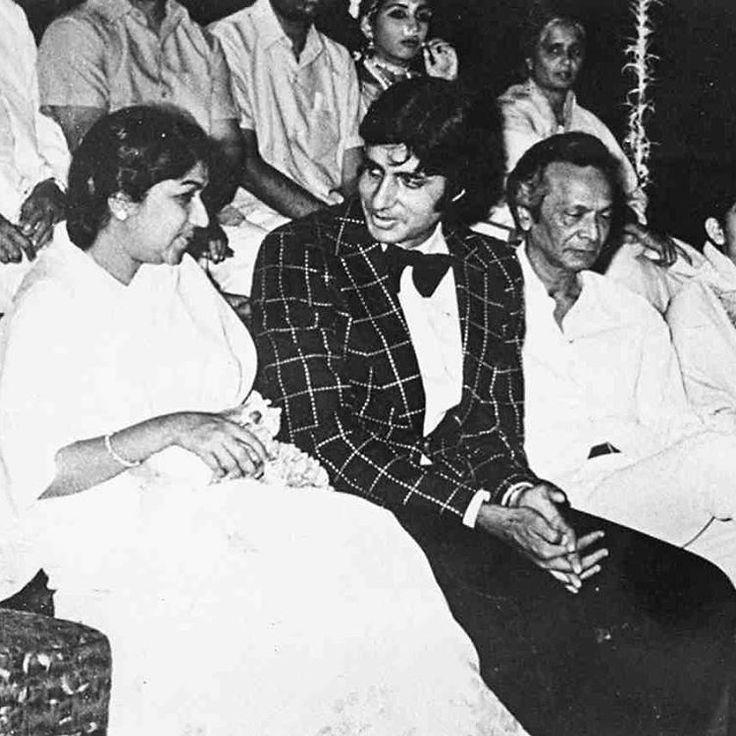#muvyz050517 #Bollywoodflashback Remembering Naushad Saab on death anniversary. With Lata Mangeshkar and Amitabh Bachchan (Lata Online) #instagood #instadaily #instapic #muvyz