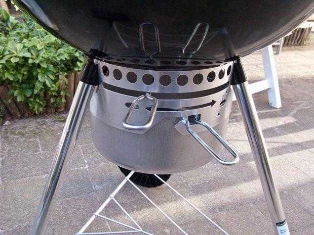 Wat doe je met de ventilatiegaten in je barbecue? Weet je niet wat je met die schuiven aan moet. Dat gaan we jou eens haarfijn uitleggen.