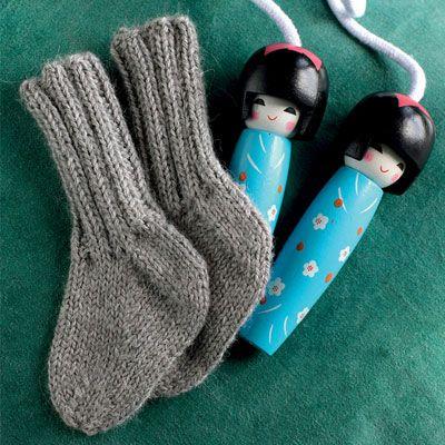 Mon ikke de små unger kan holde varmen om deres små pusselanker med disse lune sokker?