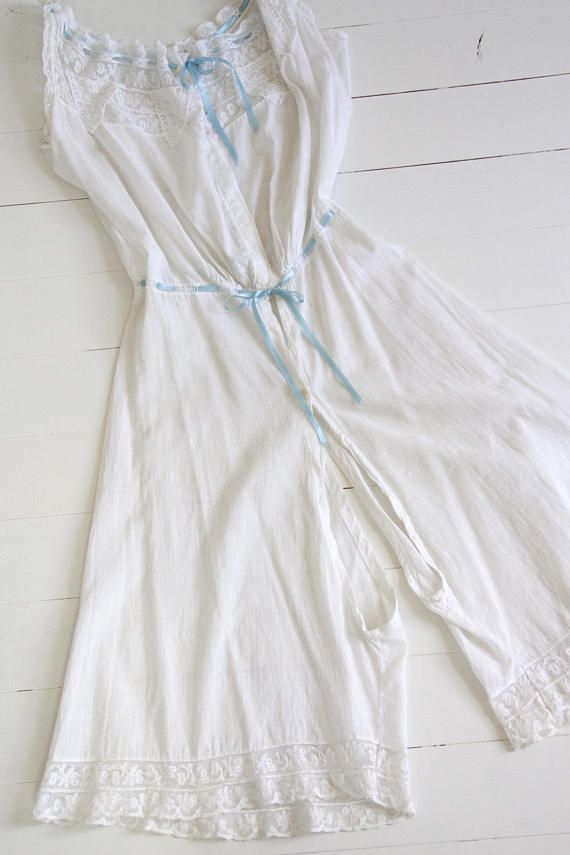 725c5f9874 Vintage 1910s nightgown