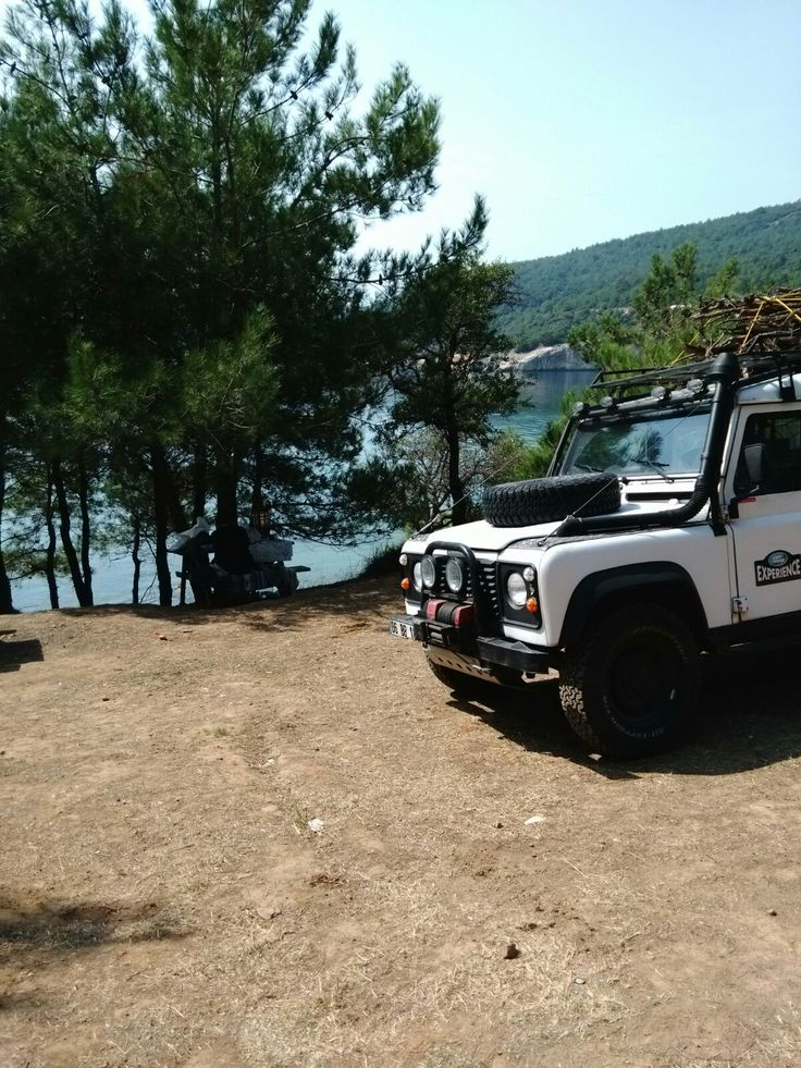 Defender 110 //Cars for Adventures - Max Raven @maxraven