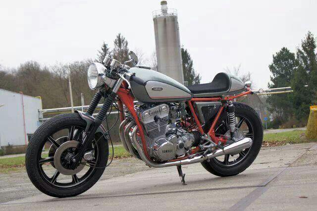 Yamaha xs750
