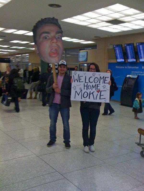 Amazingly Epic Airport Pickup Signs Welcome Home Signs Funny Welcome Home Signs Funny Airport