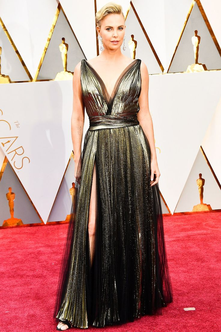 Oscars 2017 Best-Dressed Celebrities: See the Head-Turning Looks // CHARLIZE THERON IN DIOR