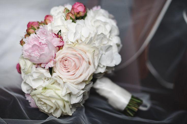 Rose Peony and White hydrangea brides Bouquet Joanna Carter Wedding Flowers