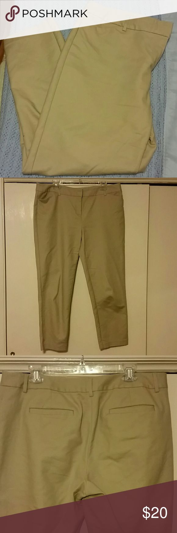 Liz Claiborne Khaki Capris Liz Claiborne Khaki Capris style: Emma. These capris are extremely comfortable and are wonderful for work! They have a clasp closure with an inside button for added closure. Front and back pockets are functional, with the back pockets being more shallow. NOTICE: These pants are more of a lighter tan than the pictures are showing. Liz Claiborne Pants Capris