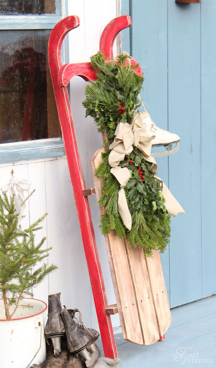 Outdoor wooden christmas decor - Diy 10 Vintage Sled