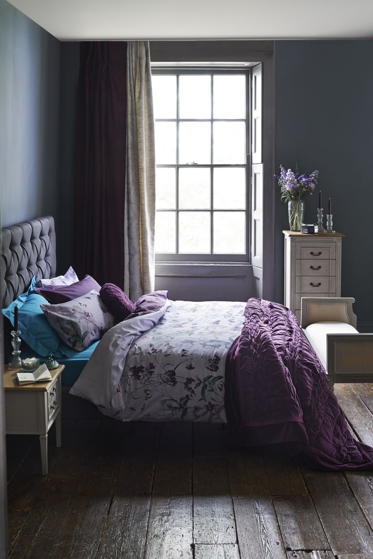 Gorgeous purple and luxurious room Worth considering