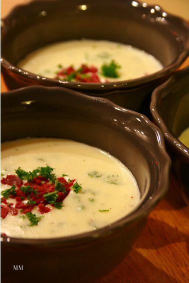 Savuporo-juustokeitto