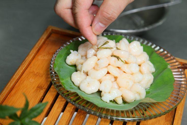 Let's add a dash of Longjing tea leaves for embellishment #giveaway #prize #contest #hangzhou #china #foodie #recipe #dishes #specialty #cuisine #food #orange #shrimp #longjingtea #tea #shrimp #seafood #savory #delights