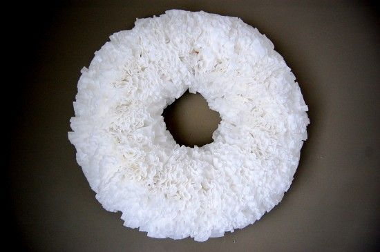 how to make a coffee filter wreath www.thenester.com