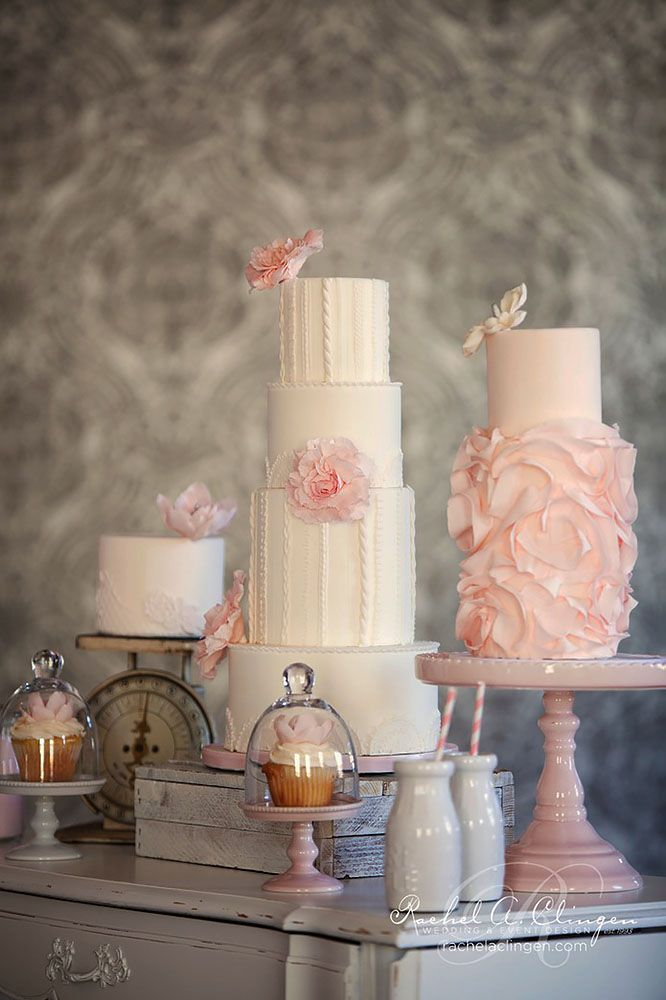 1000 images about trio of cakes on pinterest cakes for Table 52 dessert