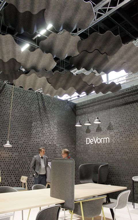 Think gray felt clouds above your desk, planks on the table and gingko leaves on the wall: At the Orgatec in Cologne, there's a colorful and fun office world full of acoustic panels on show that constrains the communicative cacophony of open-plan offices.