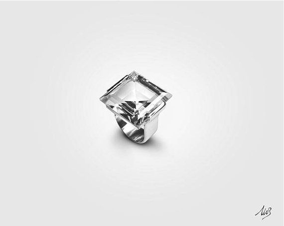Anello in argento con cristallo quadrato di GioielleriaBrunelli
