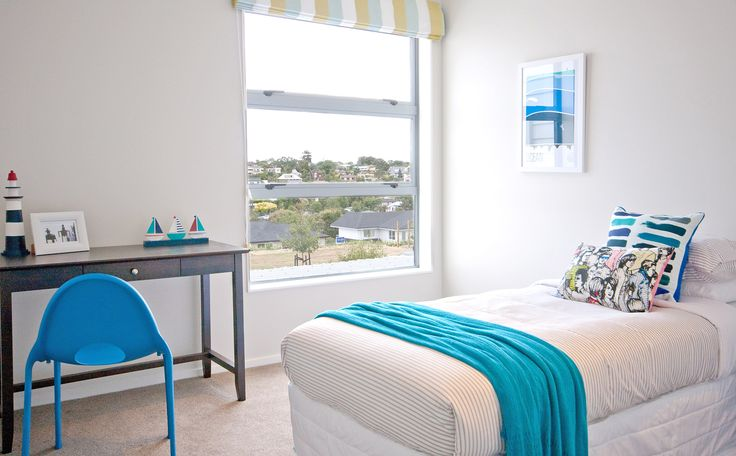 Kids bedroom, light and bright!
