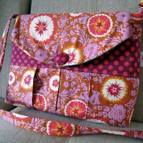 Funky laptop bag. :)