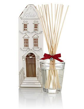 Winter Diffuser 100ml £15.00 Mum