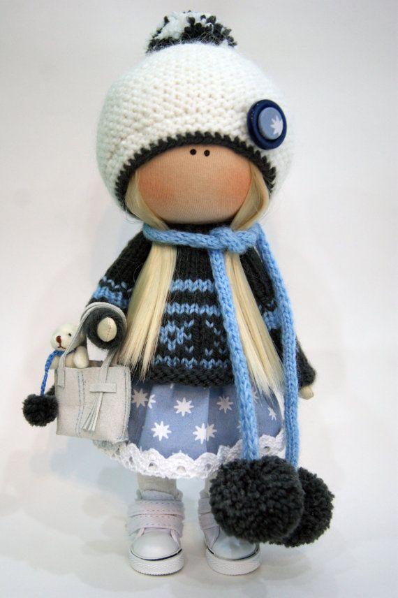Muñeca de invierno de muñeca de trapo hecha a mano muñeca