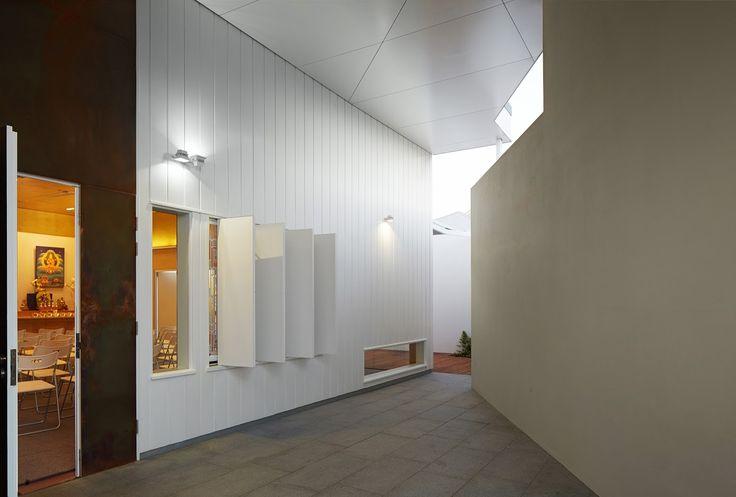 Dharmapala Kadamapa Meditation Centre by Bernard Seeber / Iwanoff Award for Small Project Architecture / Photography by Acorn Photo