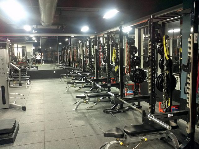 Best Corporate Fitness Facilities Images On Pinterest - Weight room design