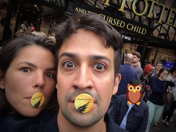"""Lin-Manuel and Vanessa Miranda attend """"Harry Potter and the Cursed Child"""" in London, September 2016."""
