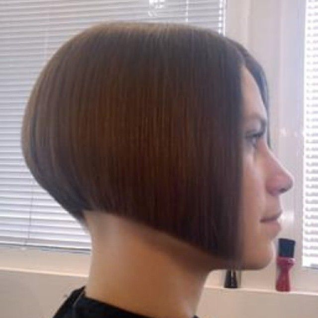 Crisp graduated bob with a shaved undercut (Shared from flickr)