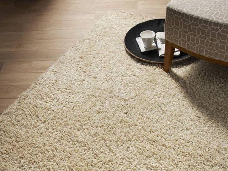 tapis une d co pour le salon leroy merlin couloir. Black Bedroom Furniture Sets. Home Design Ideas