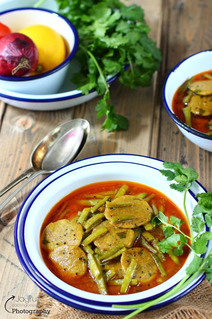 Guvar/Gavar Bajra Dhokli nu Saak - Cluster Beans with Spicy Millet flour…