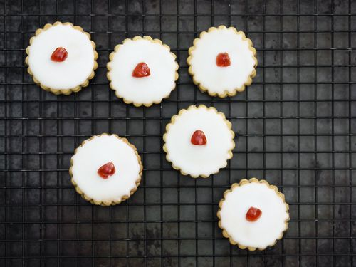 I've not done a post on something Scottish for a while, so time to change that. These are Empire Biscuits, which are made from two layers of shortbread, filled with jam and topped with sweet icing and a cherry on top. Well, that's the story that I know, but they do also go by different…