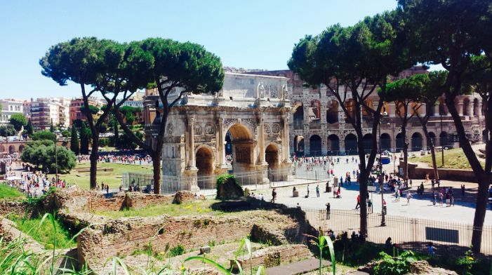 The Roman Forum used to be one of the most important meeting sites in ancient Rome.