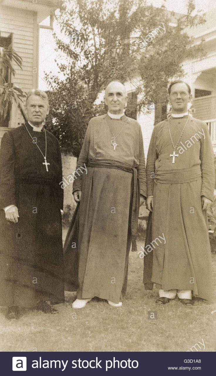 Three Roman Catholic clergymen, including Archbishop (probably Julien-Jean-Guillaume Conan) and Assistant Bishop (probably Joseph-Marie Le Gouaze), Archdiocese of Port au Prince, Haiti, West Indies.      Date: circa 1926 Stock Photo